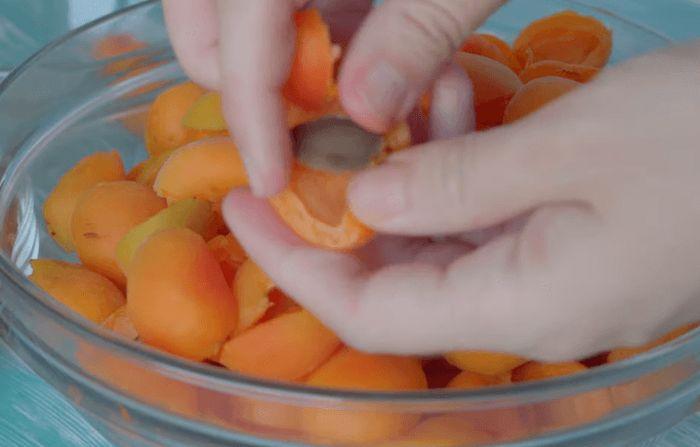 abrikosovoe-varene-3